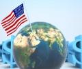 Прогнозират нова вълна на световната криза