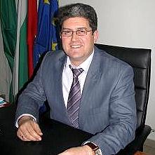 Д-р Юлиан Илчев