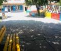 В Гълъбово поставиха нови скамейки в центъра по молба на младите майки