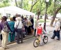 Избиратели напълниха палатката на