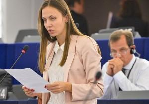 Eva Paunova v EP 660