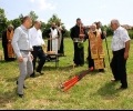 Проф. д-р инж. Николай Михайлов и Николай Тонев направиха първа копка за нова черква в гълъбовското село Мъдрец