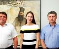 Ева Паунова (ГЕРБ/ЕНП) проведе работна среща с кмета на Раднево Теньо Тенев и разговаря с ученици от града