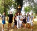 Младежите от ГЕРБ в Раднево освежиха парковата среда в града
