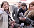 Стотици мартеници раздадоха младежите от ГЕРБ и кандидатите за народни представители в Стара Загора