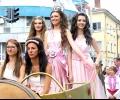 Фестивалът на розата в Казанлък завърши с пъстро празнично шествие