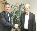 Повече от час посланикът на Франция Ерик Льобедел разговаря с кмета на Стара Загора Живко Тодоров