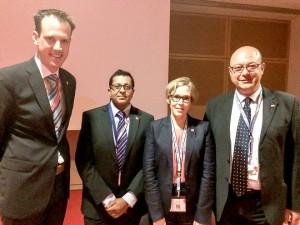 Генералният секретар на ESVT д-р Винсент Йонгкайнд (Холандия), д-р Риика Туламо (Финландия), д-р Сандип Нандра (Великобритания) и доц. Димитър Петков след приключването н научната сесия на ESVS