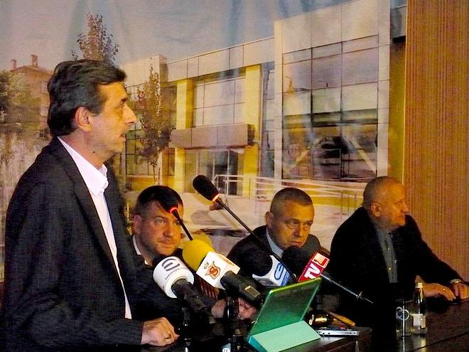 """Приветствие отправи президентът на КТ """"Подкрепа"""" Димитър Манолов"""