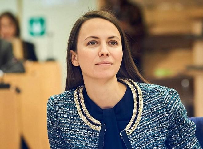 Eva Maidel