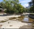Ремонтират езерото в парк