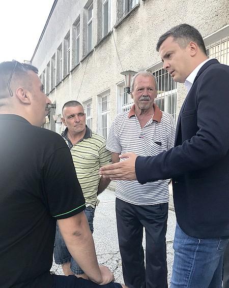 Радостин Танев на среща с  инициативния комитет в с. Братя Кунчеви