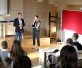 Старозагорски ученици дискутираха възможности за реализация с народния представител Радостин Танев и евродепутата Ева Майдел