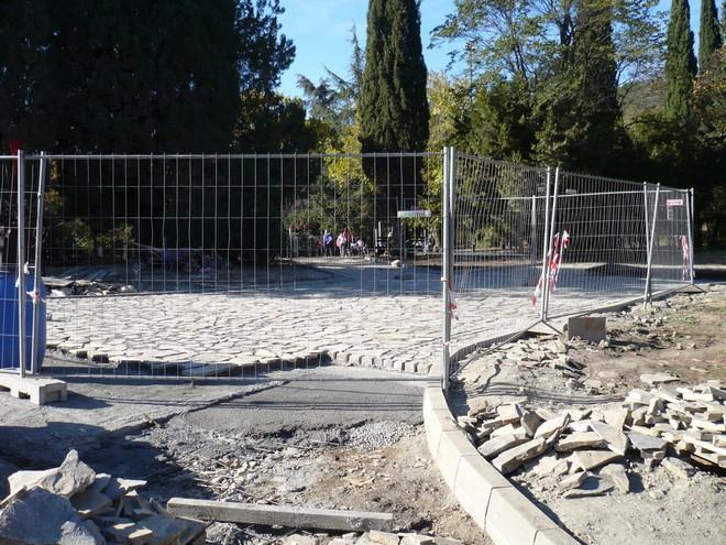 Под плочите - здрава основа от армиран бетон