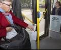 Старозагорци четат стихове на свои съграждани в автобуса