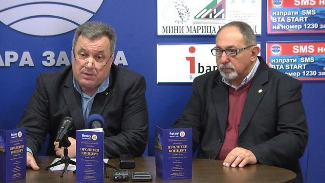 Николай Колев и проф. Валентин Стоянов