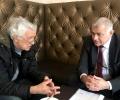 Депутатът от БСП Георги Гьоков се срещна с казанлъшкия лекар, който обяви  гладна стачка преди дни