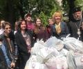 """""""Великден за всеки"""" на Велика сряда в Стара Загора: раздадоха 500 пакета храни на възрастни и социално слаби"""