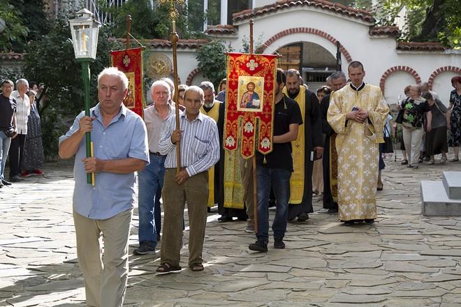литийно шествие костница
