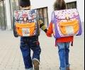 Очаква се 43 800 първокласници да получат помощ в началото на учебната година