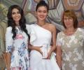 Кметът и Царица Роза 2019 посрещнаха Мис Китай в Казанлък