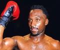 Най-старият и най-атлетичен боксьор иска да се завърне на ринга