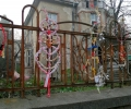 Сурвакници по оградите украсиха старозагорската арт улица