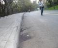 Черни петна на Аязмото, като от асфалт, се оказаха живи. И мърдат