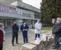 Дариха защитни облекла на старозагорски медици