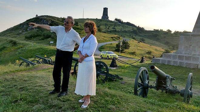 Светлана Савицкая на Шипка със старозагореца Любомир Вълков, 2014 г.