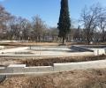 Все по-красива става с новия си вид Станционната градина в Стара Загора