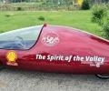 Ученици от Казанлък създадоха електрически автомобил, вдъхновен от Долината на розите