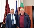 Ректорът на ТрУ доц. Ярков договори бъдещи взаимоотношения с голяма животновъдна ферма