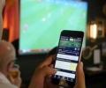 Какво кара хората да инсталират приложения за онлайн залози на телефоните им?