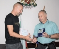 Областният управител Иван Чолаков връчи Почетен знак на голмайстора на България Мартин Камбуров